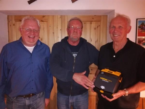 TV Wehrda schafft Defibrillator an